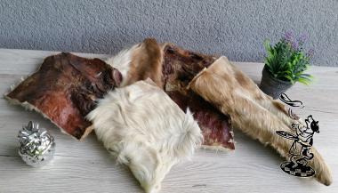 Rinder - Kopfhaut Platten mit Fell 1000 g